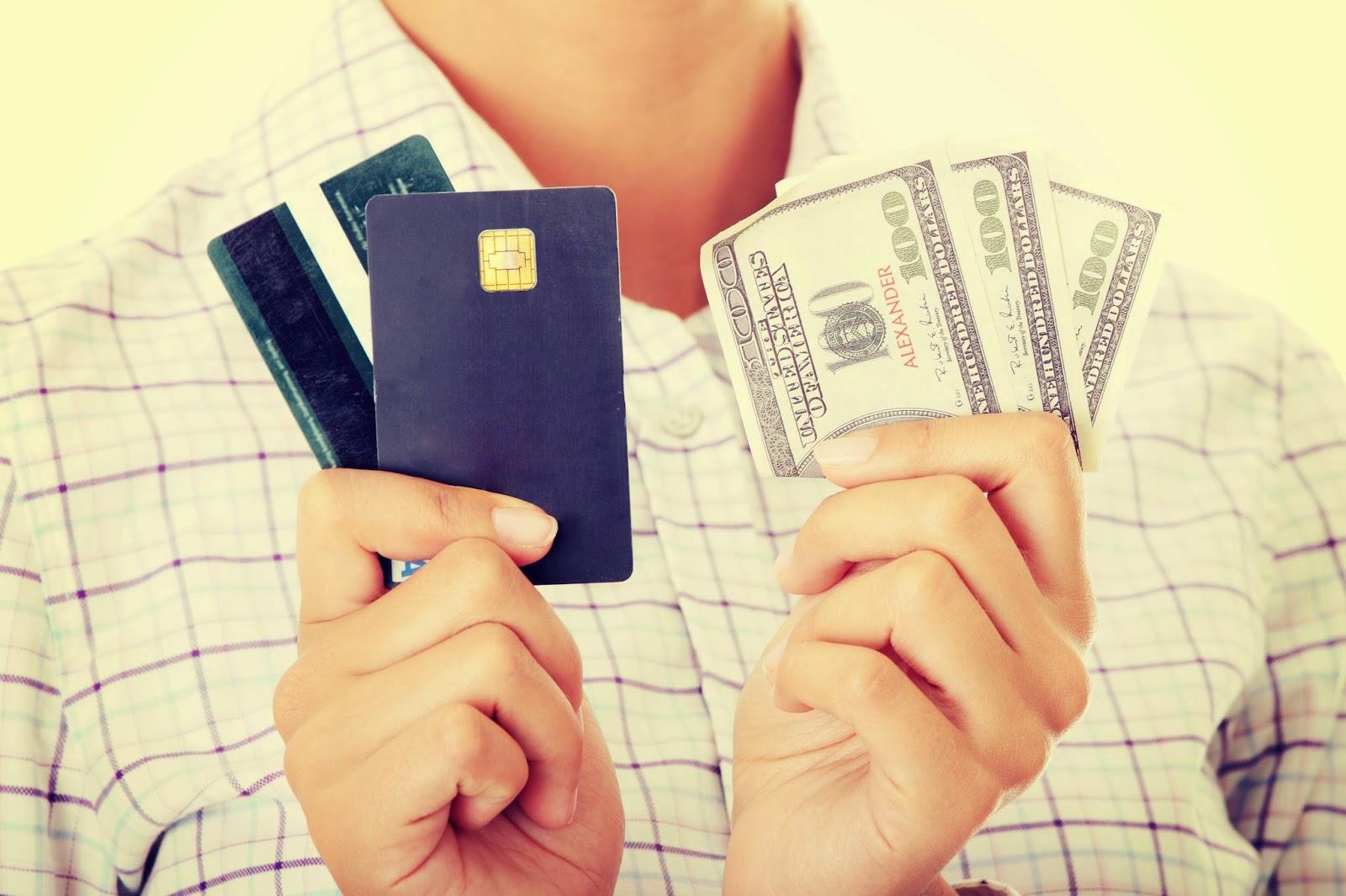 Tarjetas versus créditos